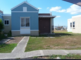 2 bed 1 bath House For Rent in Jacaranda Homes, St. Catherine, Jamaica