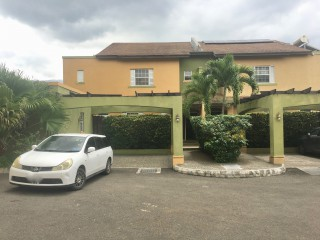 4 bed 3.5 bath Townhouse For Sale in Diamond Estates, Kingston / St. Andrew, Jamaica