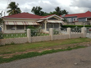 Green Acres Spanish Town, St. Catherine, Jamaica - House for Sale