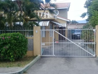 2 bed 2 bath Resort/vacation property For Rent in Helshire, St. Catherine, Jamaica