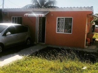 2 bed 1 bath House For Sale in Braeton Newtown, St. Catherine, Jamaica