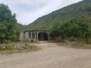 3 bed 2 bath House For Sale in BULL BAY, St. Thomas, Jamaica