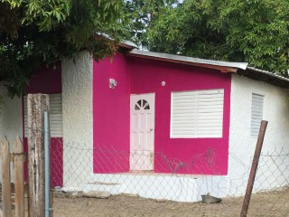 2 bed 1 bath House For Sale in Gutters, St. Catherine, Jamaica