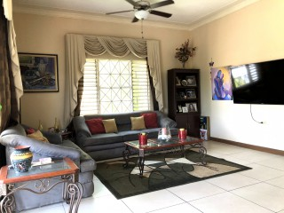 2 bed 2 bath Apartment For Sale in Red Hills, Kingston / St. Andrew, Jamaica