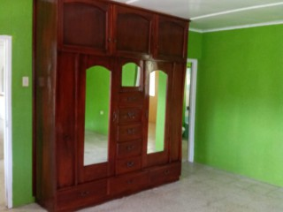 4 bed 3 bath House For Rent in Claremont, St. Ann, Jamaica