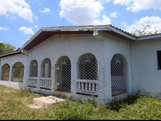 4 bed 2 bath House For Sale in DENBIGH, Clarendon, Jamaica