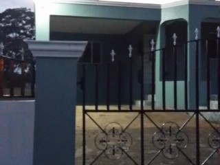 4 bed 3 bath House For Sale in Rosemount, St. Catherine, Jamaica