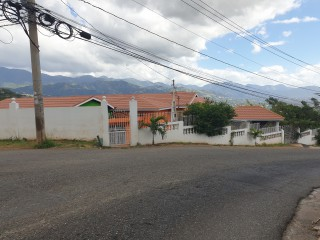 9 bed 8 bath House For Sale in Forest Hills, Kingston / St. Andrew, Jamaica