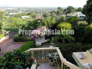3 bed 4.5 bath House For Sale in Mayfair Red Hills, Kingston / St. Andrew, Jamaica