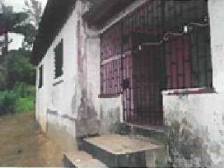 4 bed 1 bath House For Sale in TEMPLE HALL, Kingston / St. Andrew, Jamaica