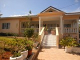 Beverley Close, Manchester, Jamaica - Apartment for Lease/rental