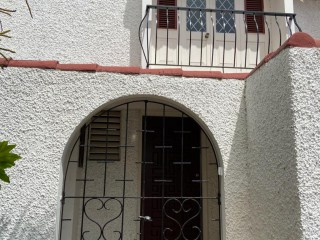3 bed 2.5 bath Townhouse For Rent in Kingston 6, Kingston / St. Andrew, Jamaica