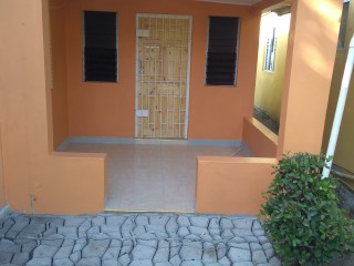 2 bed 1 bath Flat For Rent in Harbour View, Kingston / St. Andrew, Jamaica