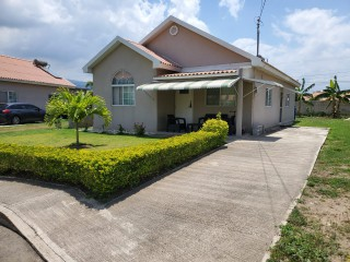 3 bed 2 bath House For Sale in Caymanas Country Club, St. Catherine, Jamaica
