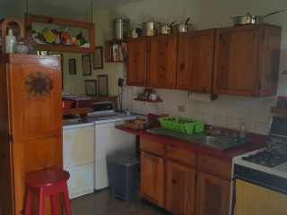 Hope Road, Kingston / St. Andrew, Jamaica - Apartment for Sale