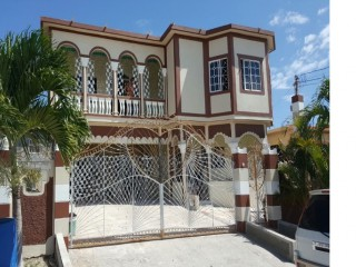 6 bed 4 bath House For Sale in Sydenham Gardens, St. Catherine, Jamaica