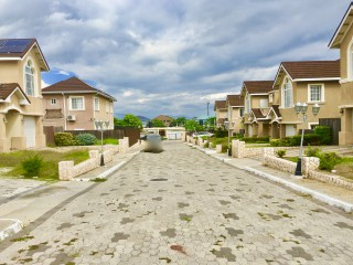 Helshire Heights, St. Catherine, Jamaica - Townhouse for Sale