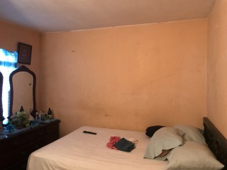 3 bed 1 bath House For Sale in Portmore, St. Catherine, Jamaica