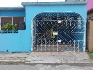 3 bed 1 bath House For Sale in waterford, St. Catherine, Jamaica