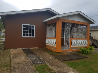 2 bed 1 bath House For Rent in Porto bello, St. James, Jamaica