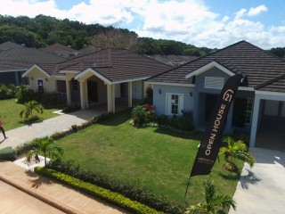 3 bed 2 bath House For Sale in Gates of Edgehill, St. Mary, Jamaica