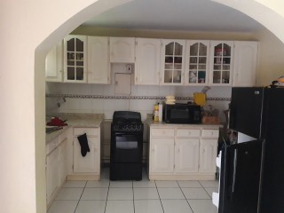 1 bed 1 bath Apartment For Sale in Circle Valley, Kingston / St. Andrew, Jamaica