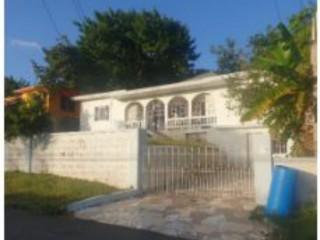 5 bed 3 bath House For Sale in BARNETT VIEW GARDENS MONTEGO BAY, St. James, Jamaica