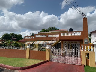 6 bed 4 bath House For Sale in Mercury Gardens, St. Catherine, Jamaica