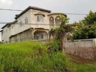 6 bed 4 bath House For Sale in Montego Bay, St. James, Jamaica