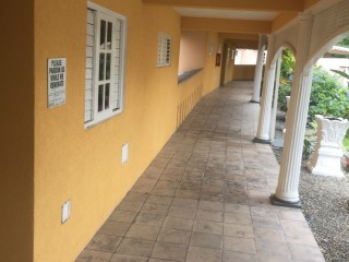 MANOR PARK, Kingston / St. Andrew, Jamaica - Apartment for Lease/rental