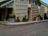 MANOR PARK, Kingston / St. Andrew, Jamaica - Townhouse for Sale