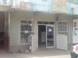 Santa Cruz, St. Elizabeth, Jamaica - Commercial building for Sale
