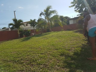 3 bed 2 bath House For Sale in Glenmuir Heights, Clarendon, Jamaica