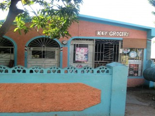 3 bed 1 bath House For Sale in Bridgeport, St. Catherine, Jamaica