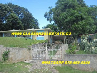 3 bed 2 bath House For Sale in IRWINDALE, St. James, Jamaica