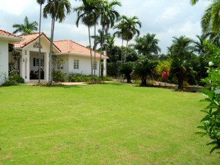 4 bed 4.5 bath House For Rent in Waterworks, Kingston / St. Andrew, Jamaica
