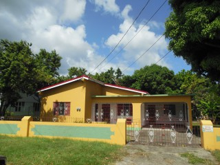 4 bed 3 bath House For Sale in Retreat, St. Thomas, Jamaica