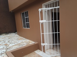 1 bed 1 bath Flat For Rent in Mandeville Manchester, Manchester, Jamaica