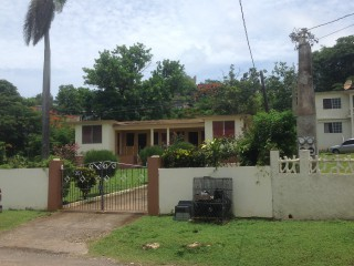 Earls Drive, St. James, Jamaica - House for Sale