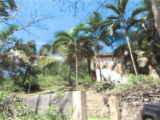 4 bed 2 bath House For Sale in Irwin, St. James, Jamaica