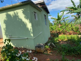 1 bed 1 bath House For Sale in mandeville, Manchester, Jamaica