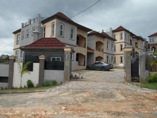 2 bed 2.5 bath Apartment For Sale in Golden Acres Red Hills, Kingston / St. Andrew, Jamaica