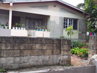 5 bed 2 bath House For Sale in Mandeville, Manchester, Jamaica