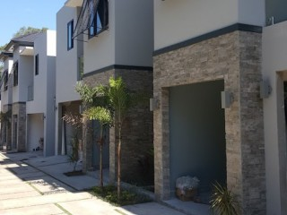 3 bed 3 bath Townhouse For Sale in Norbrook, Kingston / St. Andrew, Jamaica