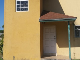 2 bed 2.5 bath Townhouse For Rent in Red Hills, Kingston / St. Andrew, Jamaica
