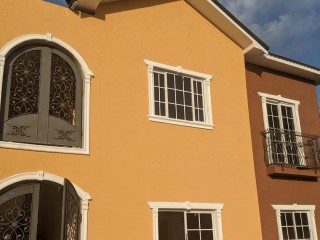 2 bed 1 bath Apartment For Sale in Patrick Gardens Kingston 20, Kingston / St. Andrew, Jamaica