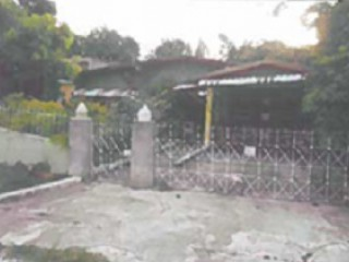 4 bed 2 bath House For Sale in LAKEMOOR GARDENS, St. Catherine, Jamaica