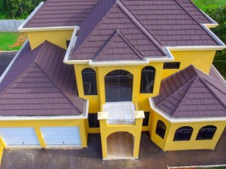 3 bed 3.5 bath House For Sale in Mandeville, Manchester, Jamaica
