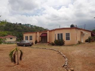 3 bed 2 bath House For Sale in Grosvenor, Kingston / St. Andrew, Jamaica