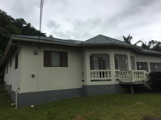 Mike Town Mandeville Manchester, Manchester, Jamaica - House for Sale